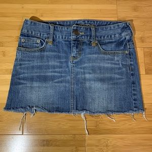 American Eagle Denim Cutoff Mini Skirt Sz 0